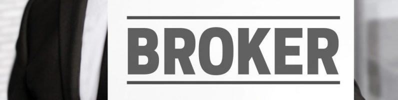 В чем отличие открытия брокерского счёта в банке, от открытия брокерского счёта в брокерской компании